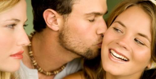 Муж любит бывшую жену