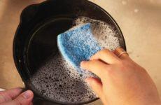 Нужно ли мыть чугунную посуду: способы ухода за самой древней утварью