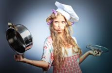 Как отчистить пригоревшую кастрюлю?